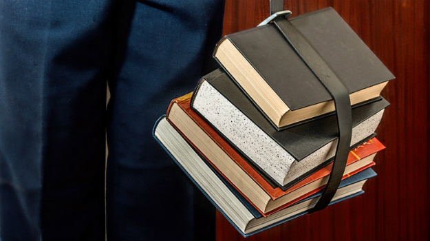7 Real Estate Investing Books You Must Read